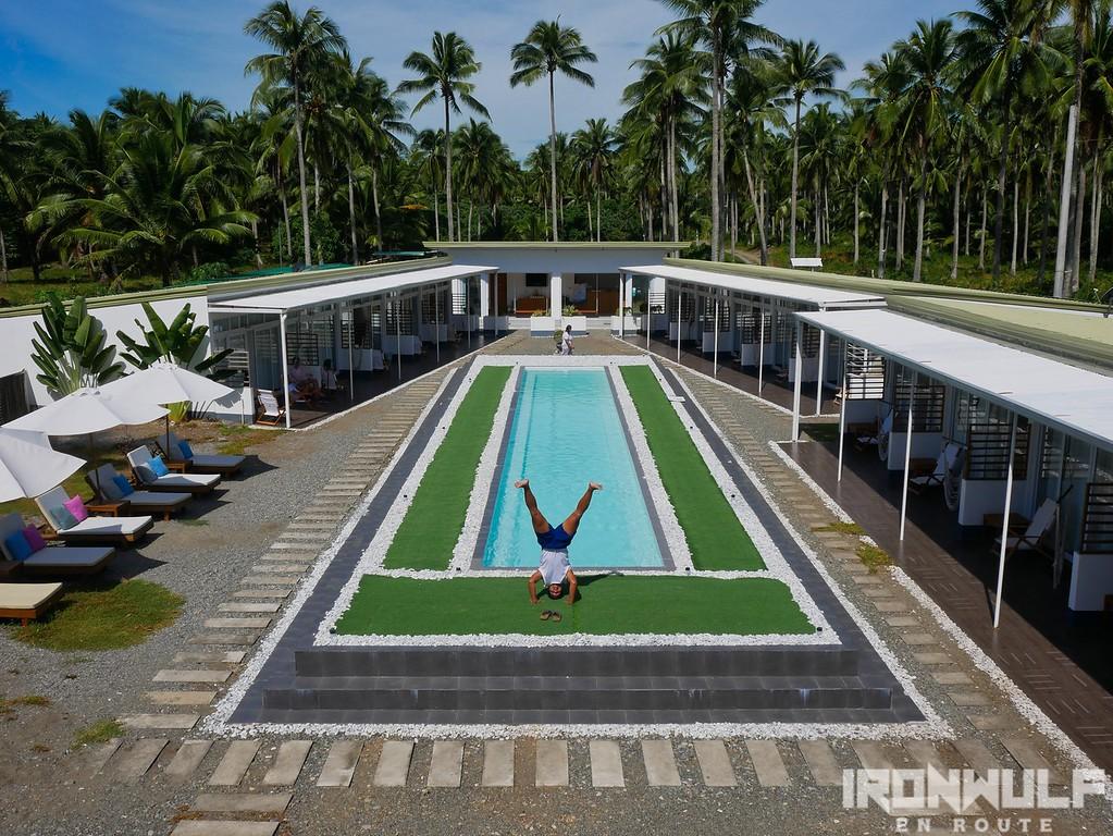 L'Sirene Jacuzzi Pool